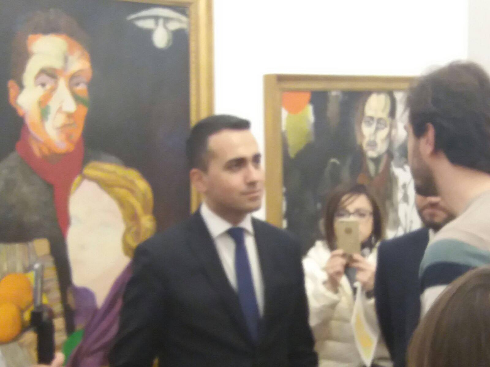 a sorpresa il vice presidente della camera luigi di maio On vice presidente camera